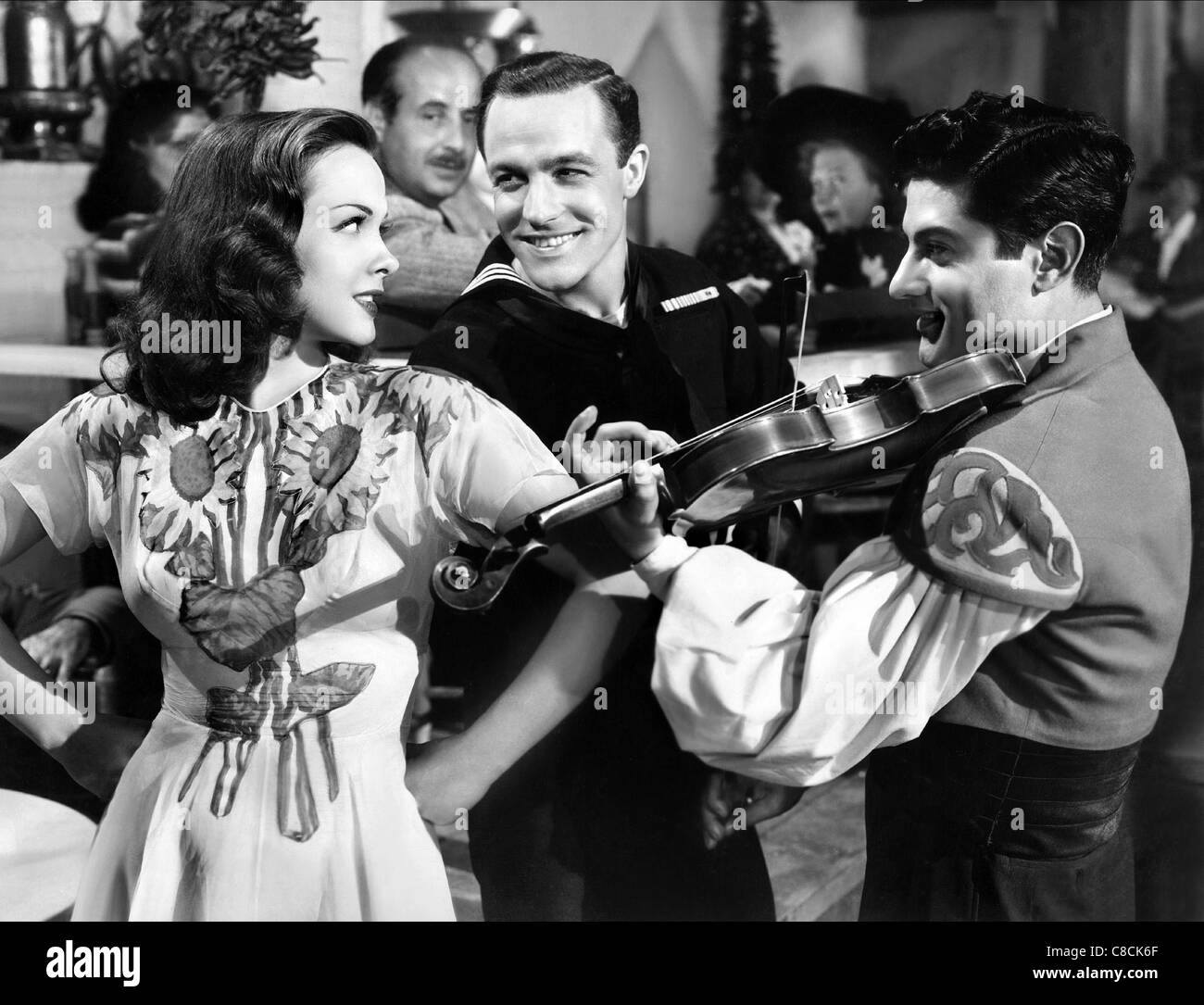 KATHRYN GRAYSON & GENE KELLY ANCHORS AWEIGH (1945) - Stock Image