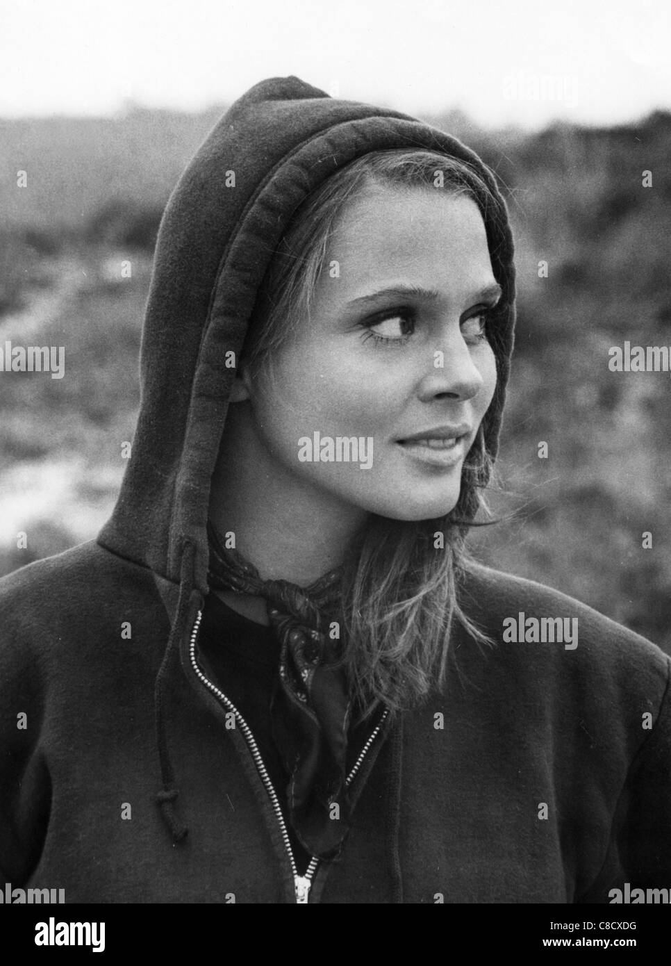 picture Leigh Taylor-Young