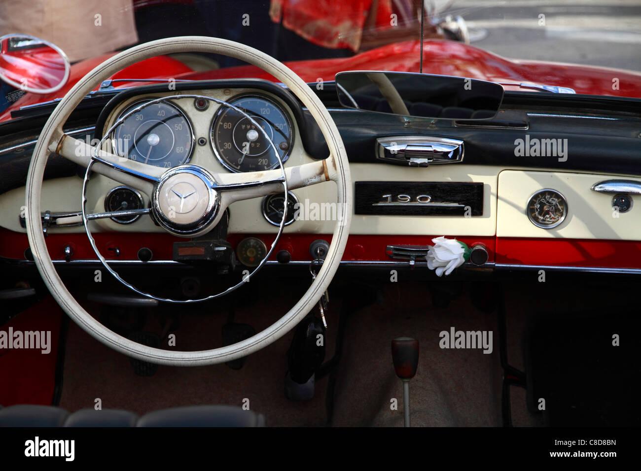 Mercedes Benz 190, cockpit detail - Stock Image