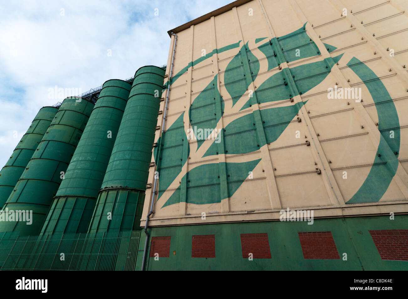 Rank Hovis McDougall grain silos in Trafford Park, Manchester - Stock Image