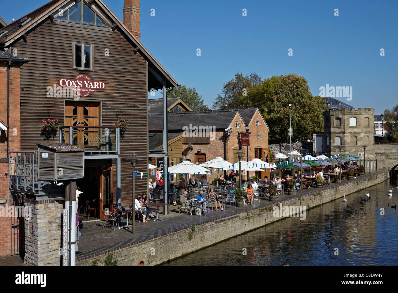 Coxs Yard Riverside Restaurant Bankside Stratford Upon Avon