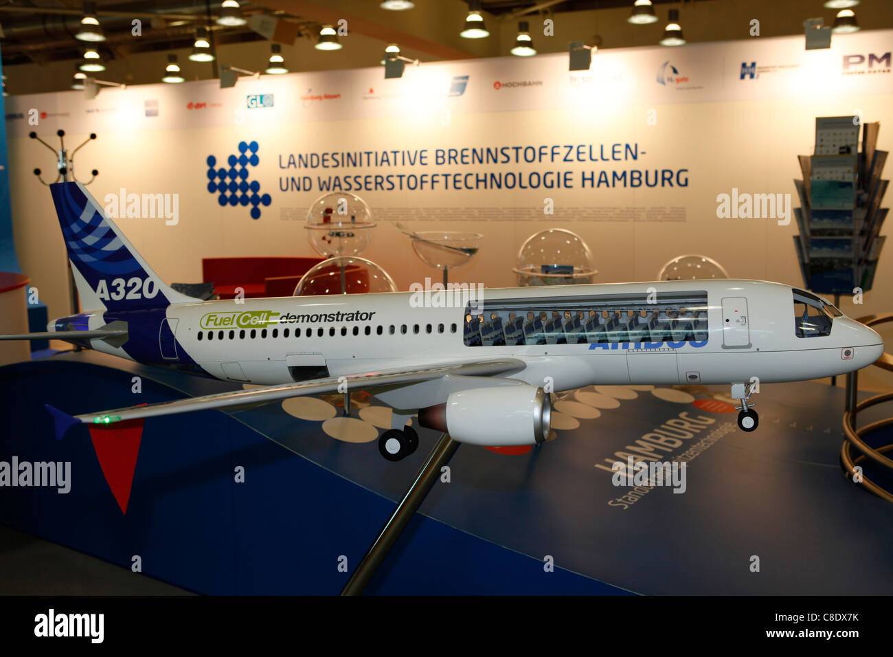 A model of fuel cell usage in an Airbus A320 is presented at Hamburg, Germany. - Stock Image