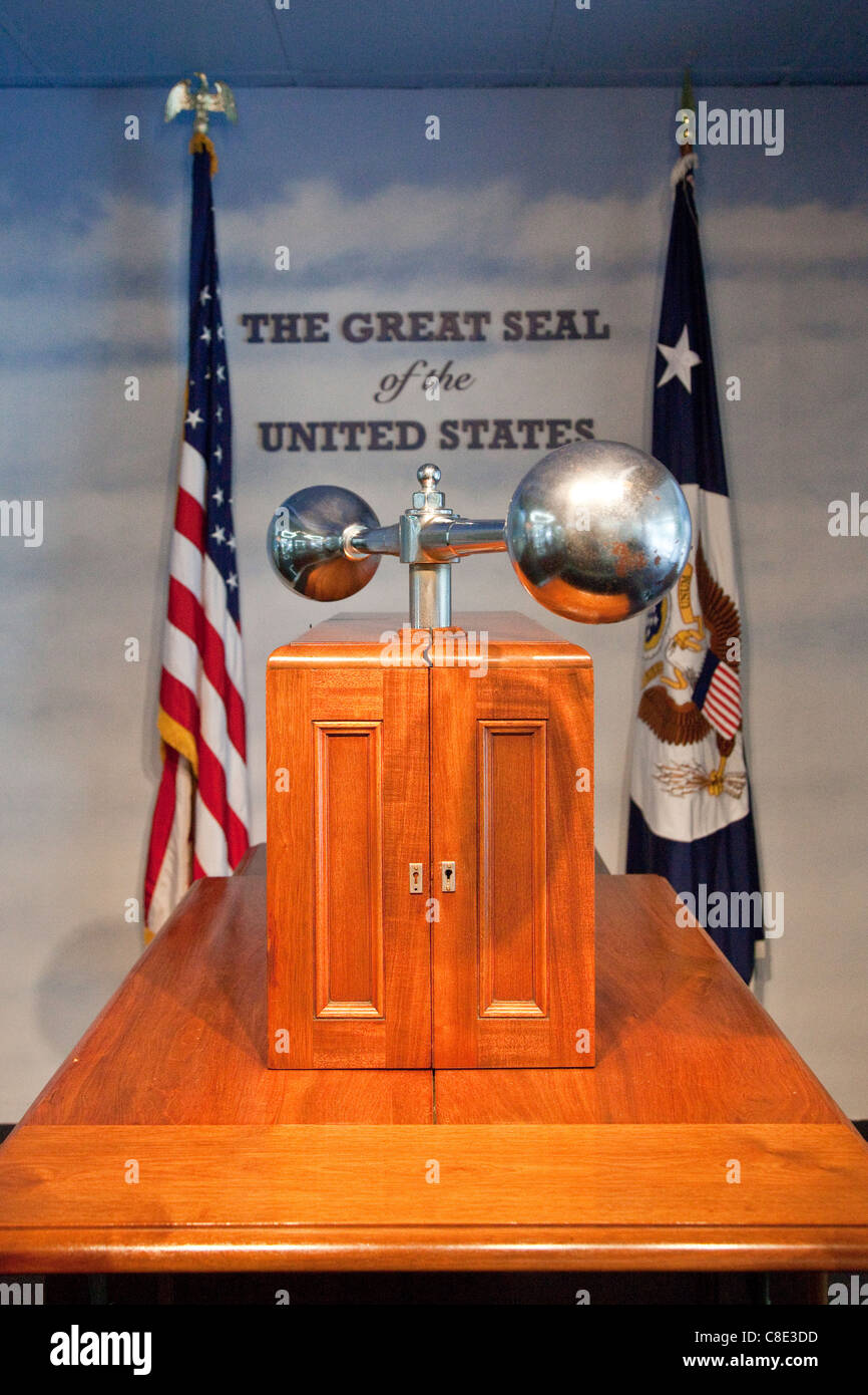 Press of The Great Seal of the United States, Department Exhibit Hall, State Department, Washington DC - Stock Image