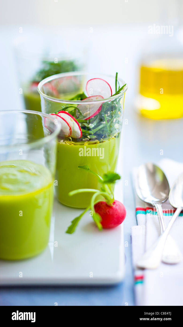 Chilled cream of avocado soup with fresh sorrel - Stock Image
