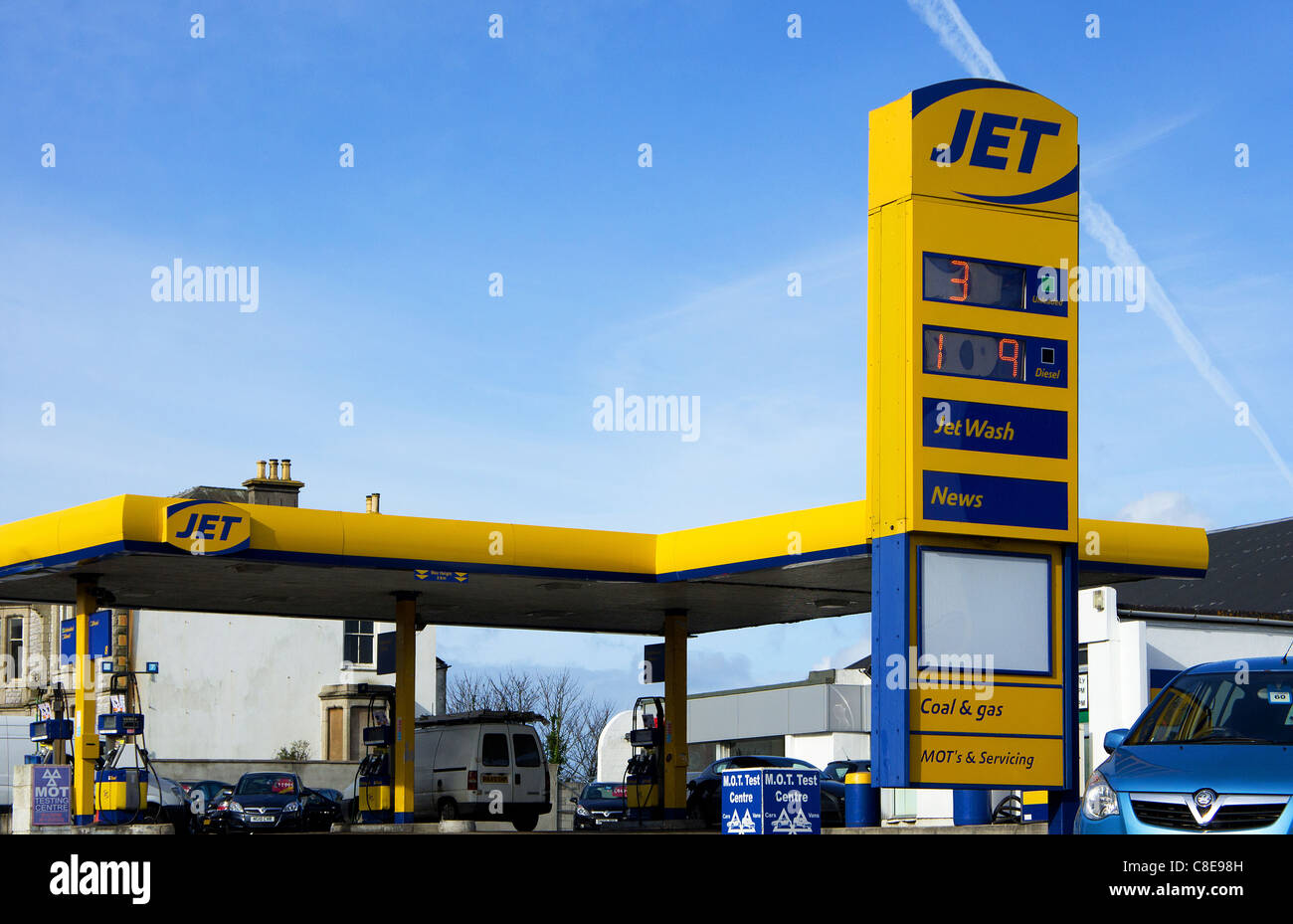 A  ' Jet filling station ' in redruth, cornwall, uk - Stock Image