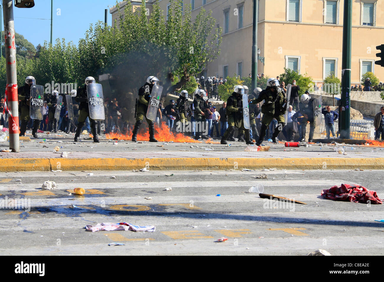 GREECE, ATHENS, SYNTAGMA SQUARE, 20/10/2011. Protests against Greek government's economic policy. Policemen - Stock Image