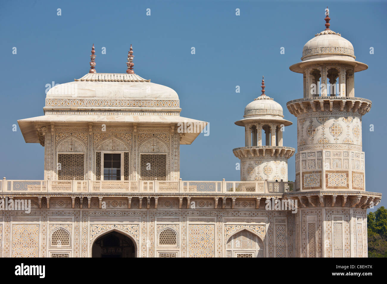 Tomb of Etimad Ud Doulah, 17th Century Mughal tomb built 1628, Agra, India - Stock Image