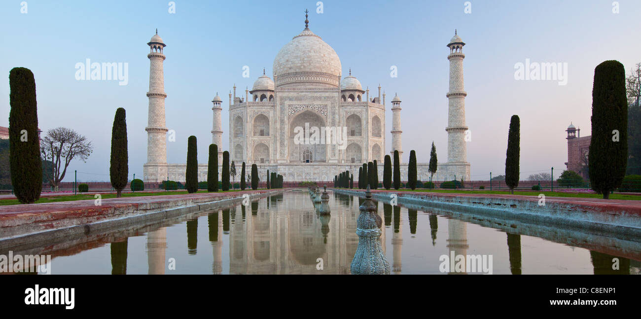 The Taj Mahal mausoleum southern view with reflecting pool and cypress trees, Uttar Pradesh, India - Stock Image