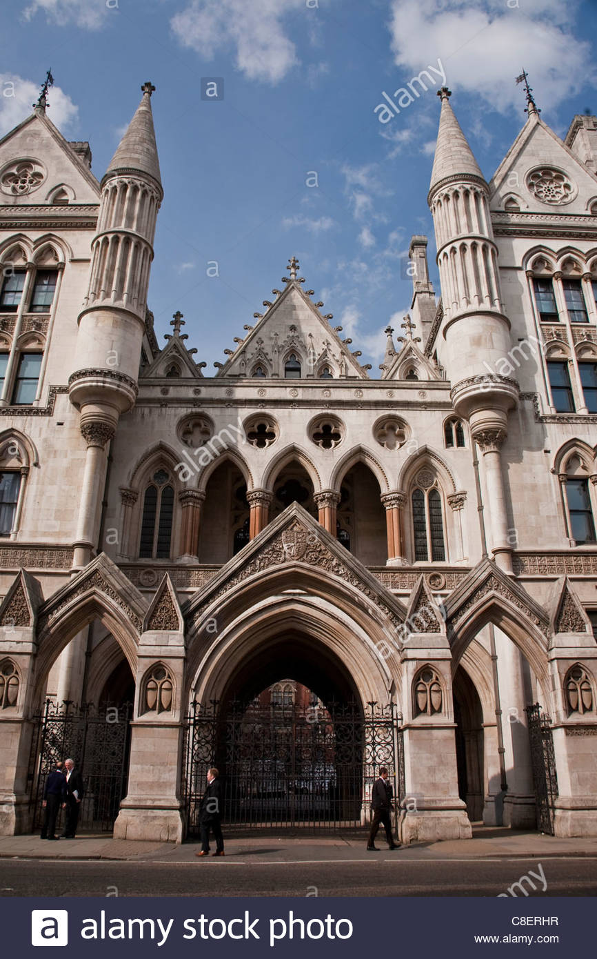 Exterior of the Royal Courts of Justice Building, City of Westminster. - Stock Image