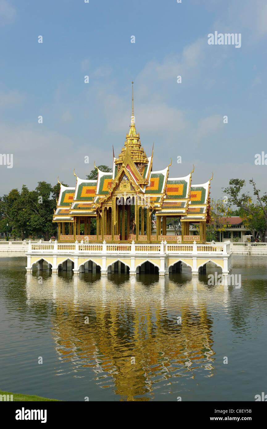 Aisawan Dhipaya Asana, Pavilion, pond, at Bang Pa-In Palace, Ayutthaya, UNSECO World Heritage, Site, Thailand, Asia, - Stock Image