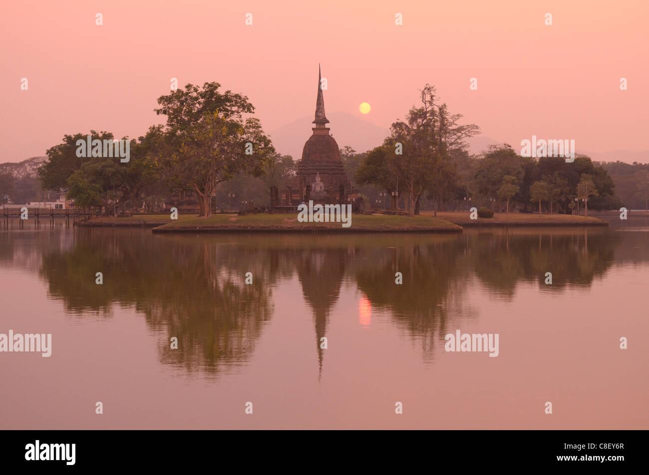 Sunset, view, pond, Wat Sa Si, Sukhothai, Historical Park, UNESCO, World Heritage, Site, Thailand, Asia, - Stock Image