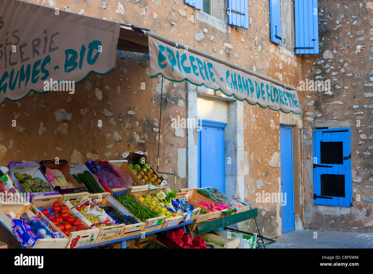 Eygalières, France, Europe, Provence, Bouches-du-Rhône, village, house, home, greengrocery - Stock Image
