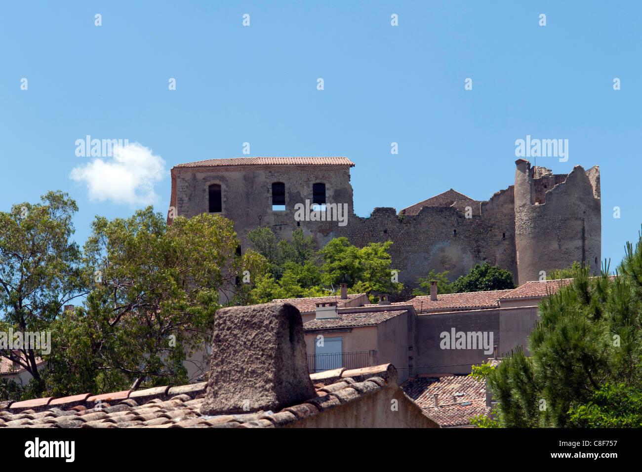 France, Alpes de Haute-Provence, Provence, Côte d'Azure, Gréoux-les-Bains, look, glance, roofs, Château - Stock Image