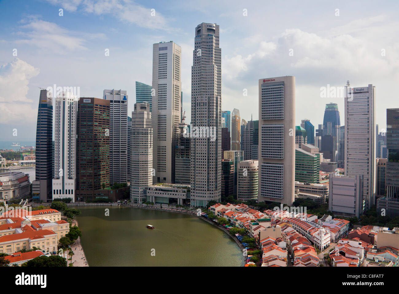 Singapore, Asia, district, Raffles Square, Skyline, blocks of flats, high-rise buildings, houses, homes, contrast, - Stock Image