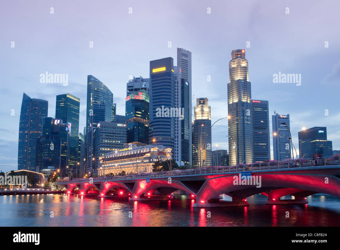 Singapore, Asia, Downtown, bridge, lights, illumination, red, skyscraper, blocks of flats, high-rise buildings, - Stock Image