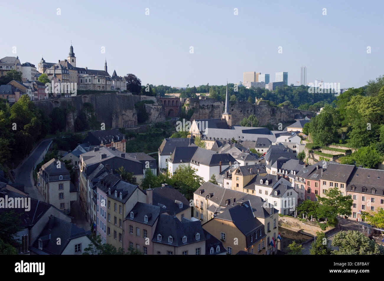 EU district on Kirchberg Plateau and Old Town fortifications, UNESCO World Heritage Site, Luxembourg, Grand Duchy - Stock Image