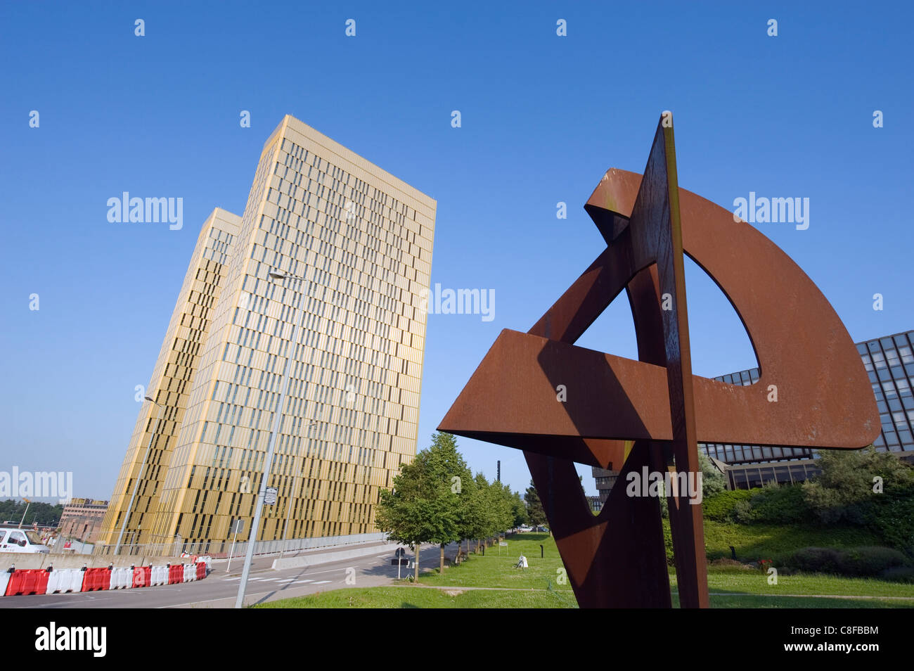 Modern art, Court of Justice of the EC, EU district on Kirchberg Plateau, Luxembourg City, Grand Duchy of Luxembourg - Stock Image