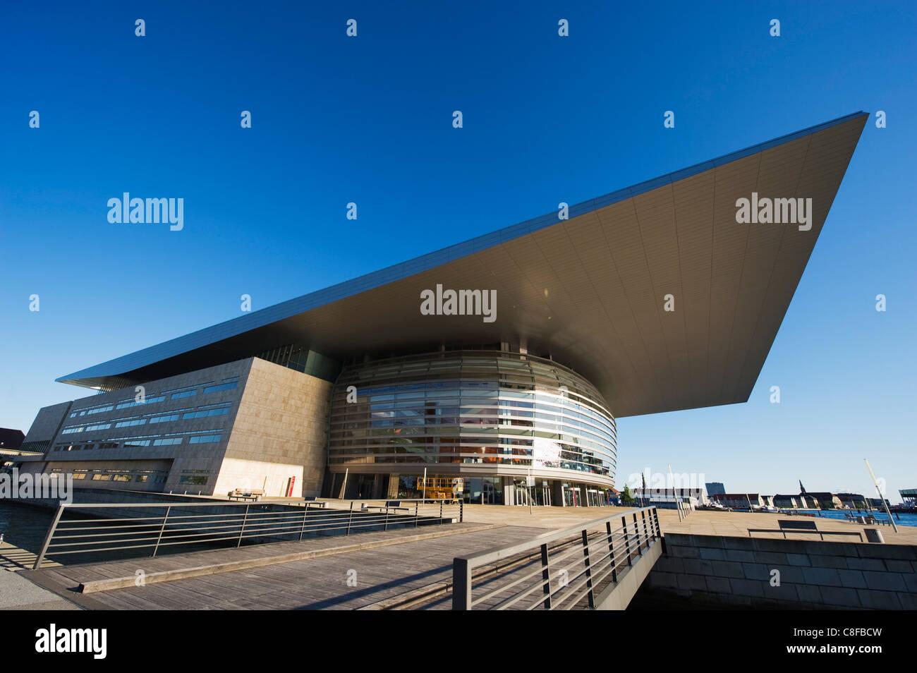 Opera house, designed by Henning Larsen, Copenhagen, Denmark, Scandinavia Stock Photo