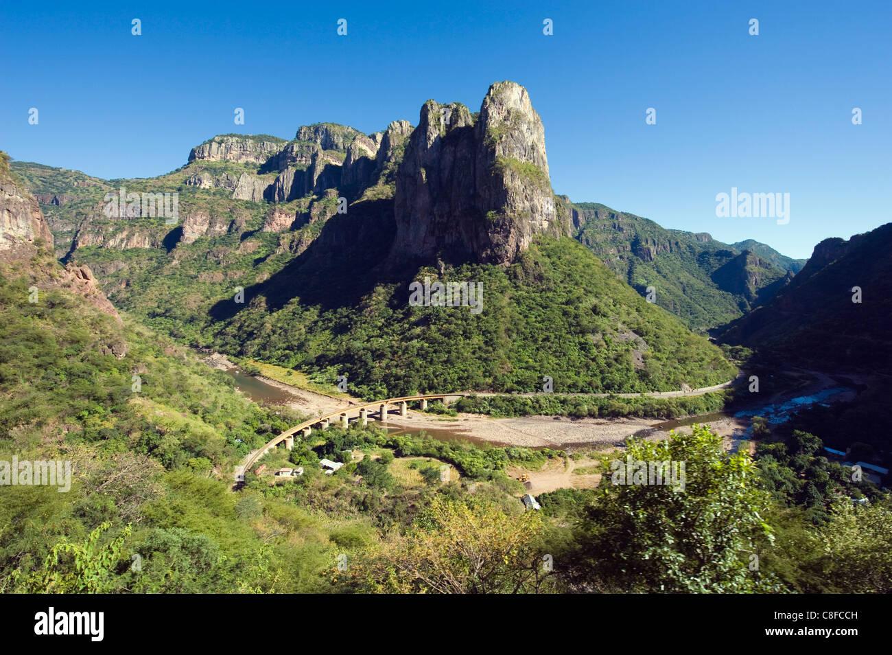 El Chepe railway journey through Barranca del Cobre (Copper Canyon, Chihuahua state, Mexico - Stock Image