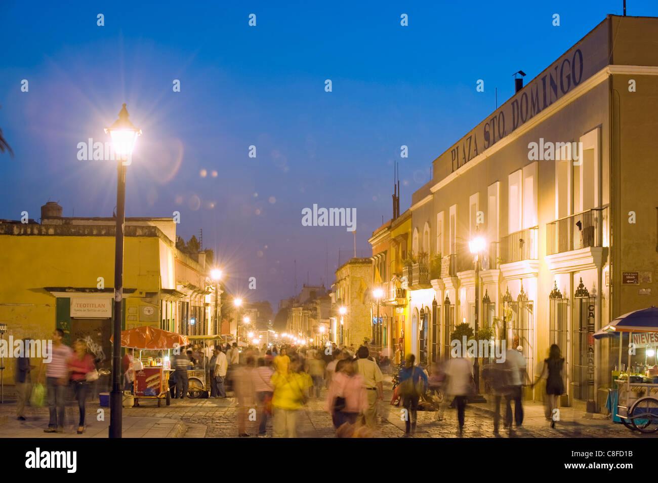 Nightime street scene, Oaxaca, Oaxaca state, Mexico - Stock Image