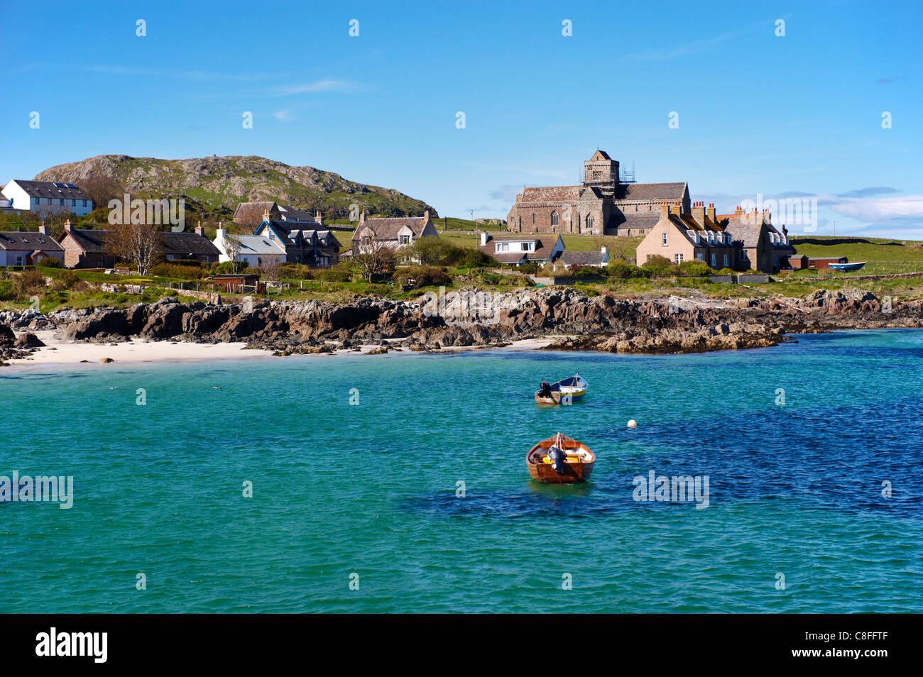 Iona Abbey, Isle of Iona, Inner Hebrides, Scotland, United Kingdom - Stock Image