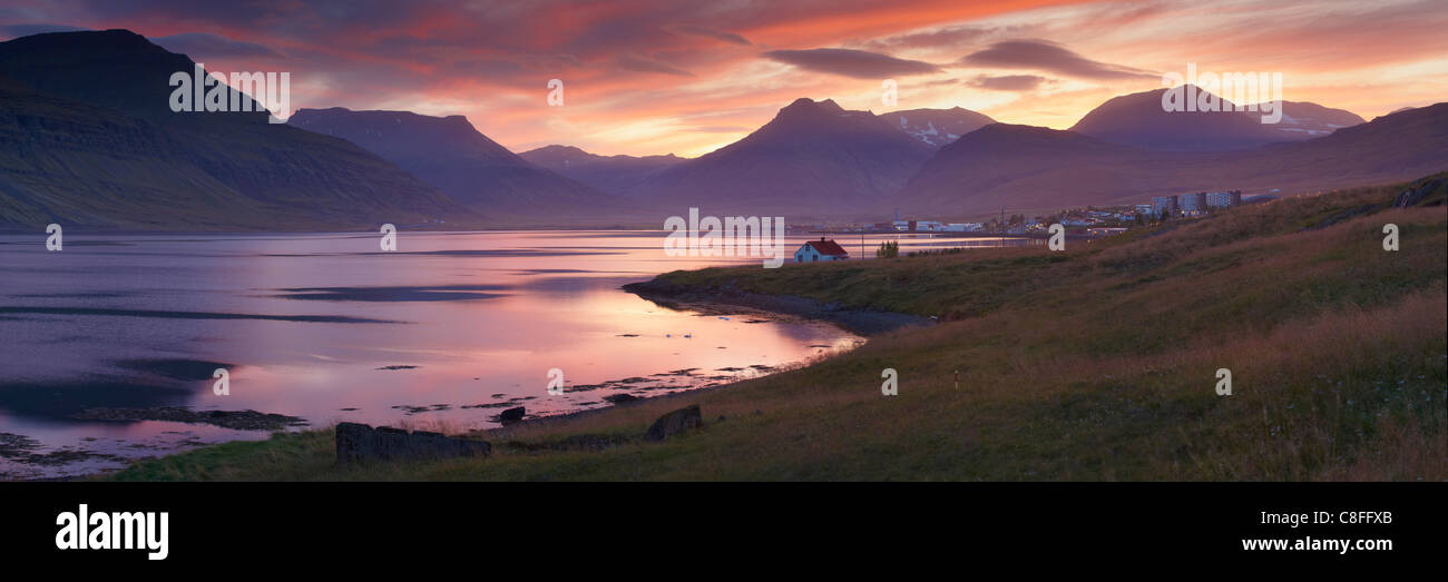 Sunset on Reydarfjordur town, in the East Fjords region (Austurland, Iceland, Polar Regions - Stock Image