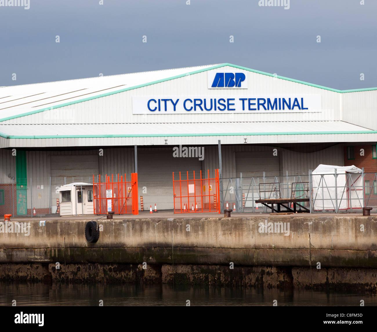 ABP City Cruise Terminal Berth 101 New Docks, Port of Southampton, Southampton, Hampshire, England, UK. - Stock Image
