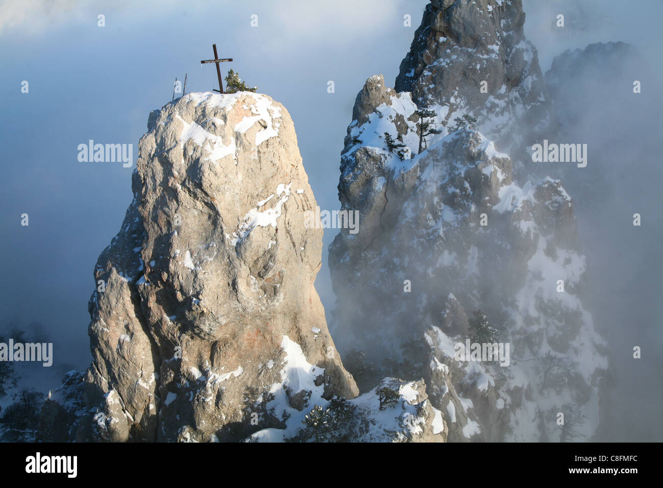Snow-capped peaks of Mount Ai-Petri - Stock Image
