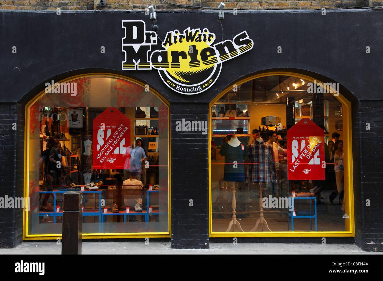 ee1da904cc A Dr Martens store in London, England, U.K Stock Photo: 39683850 - Alamy