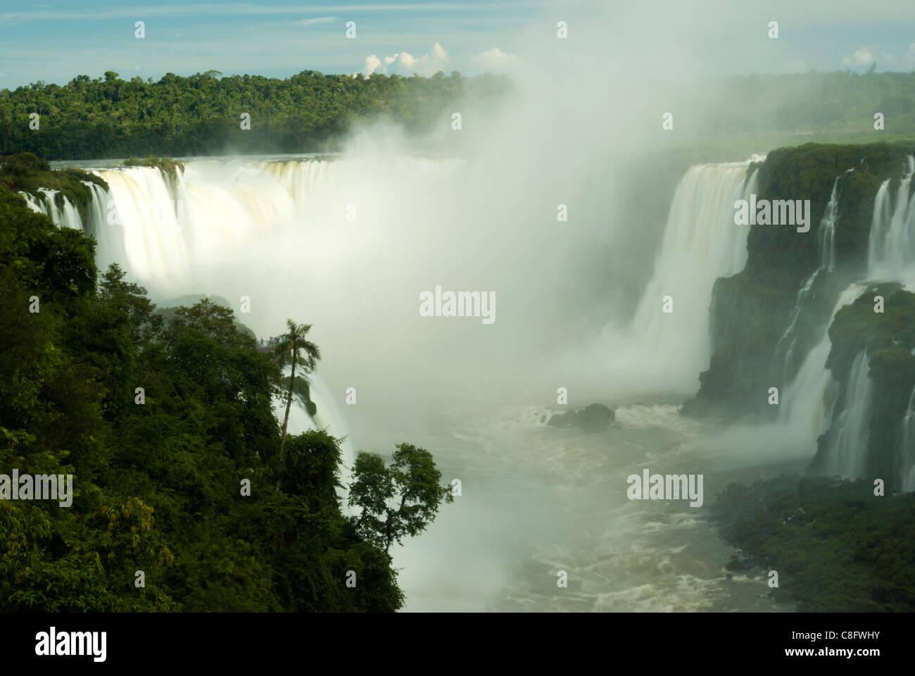 Iguazu, Iguaçu Falls, Cataratas do Iguaçu, Cataratas del Iguazú. Curitiba, Paraná, Brazil - Stock Image