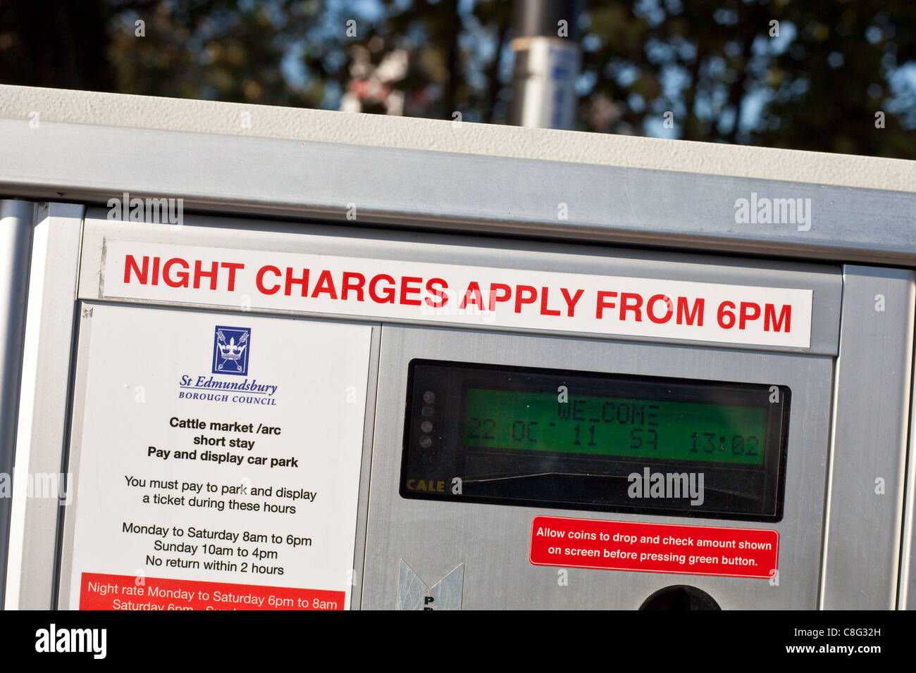 Car park pay machine in Bury St Edmunds, night charges - Stock Image