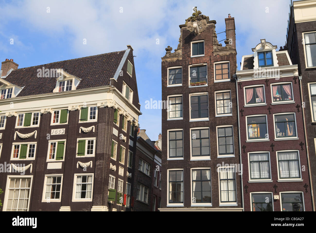 Online Dating in Amsterdam and the Netherlands
