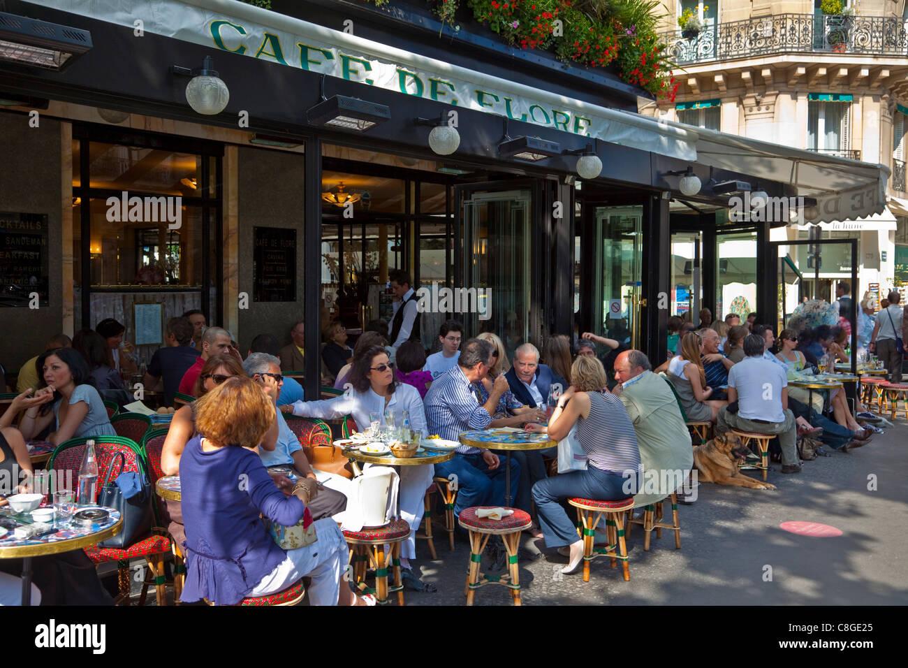 Cafe de Flore, Saint-Germain-des-Pres, Left Bank, Paris, France - Stock Image