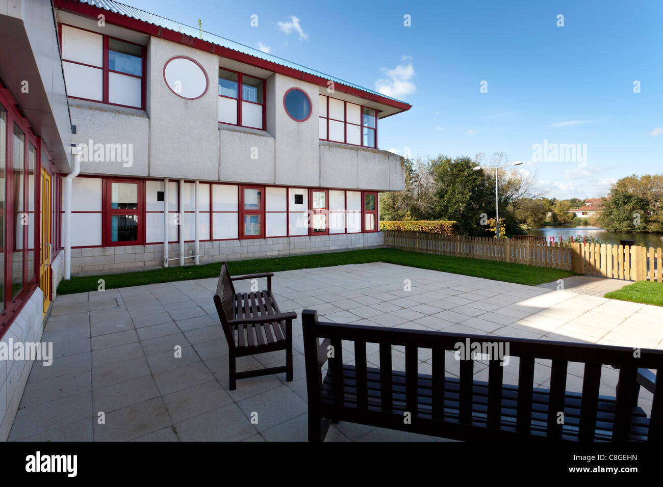 Patio area for the stroke unit at Royal Bournemouth Hospital - Stock Image