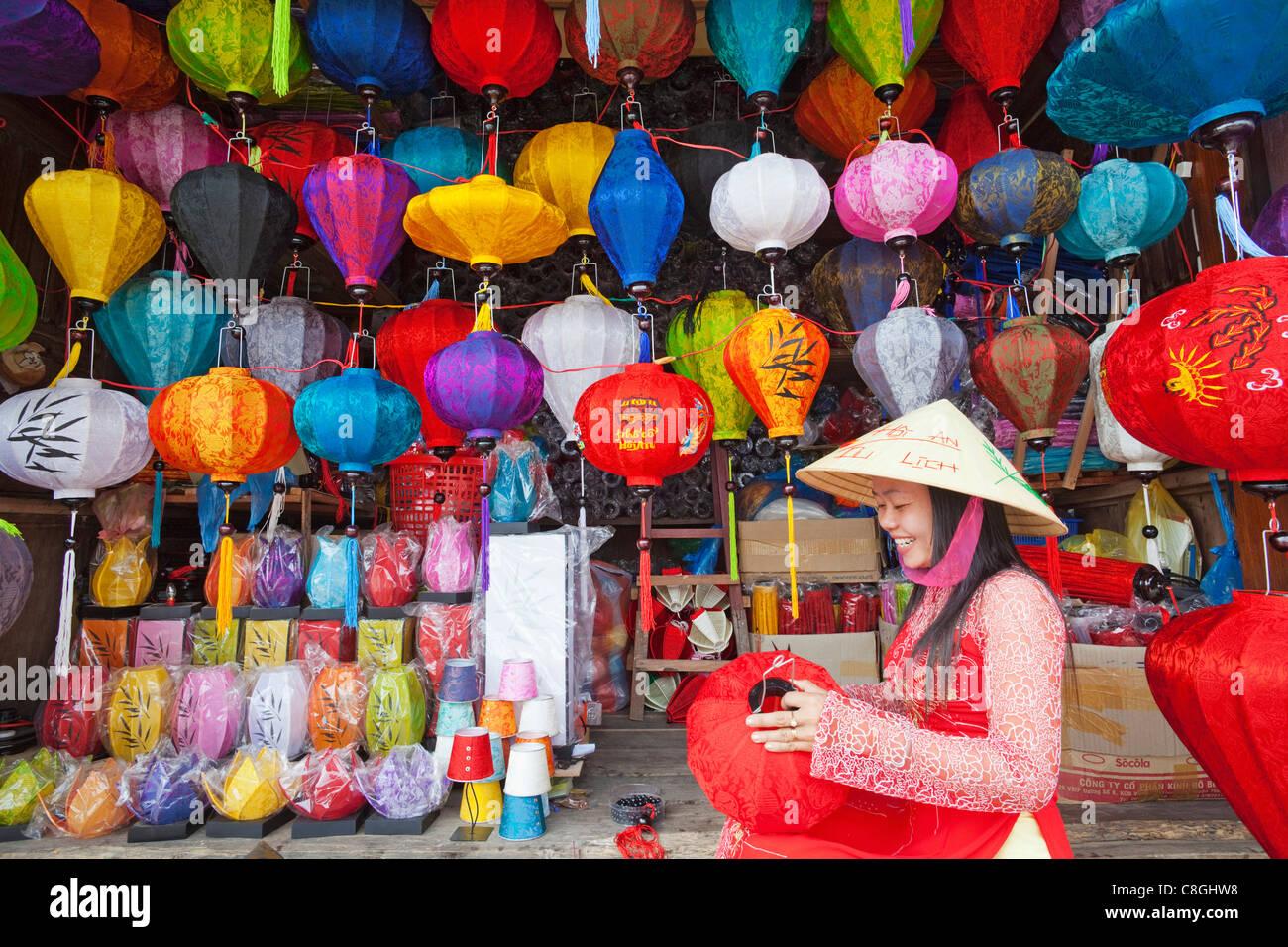 Asia Vietnam Hoi An Hoian Faifo Hoi An Old Town Handicrafts