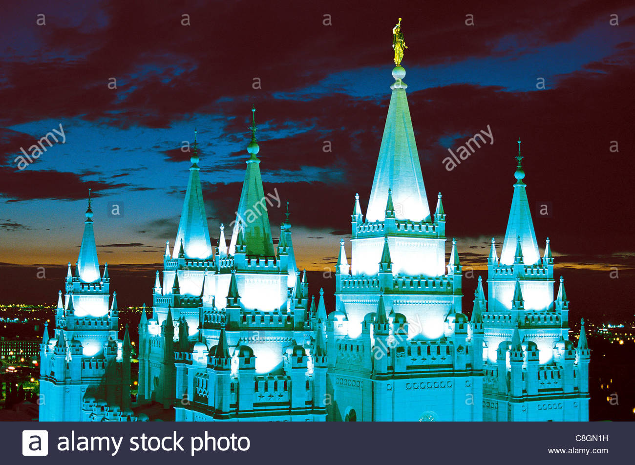 An overview of the top of the Mormon Tabernacle Church in the evening. - Stock Image