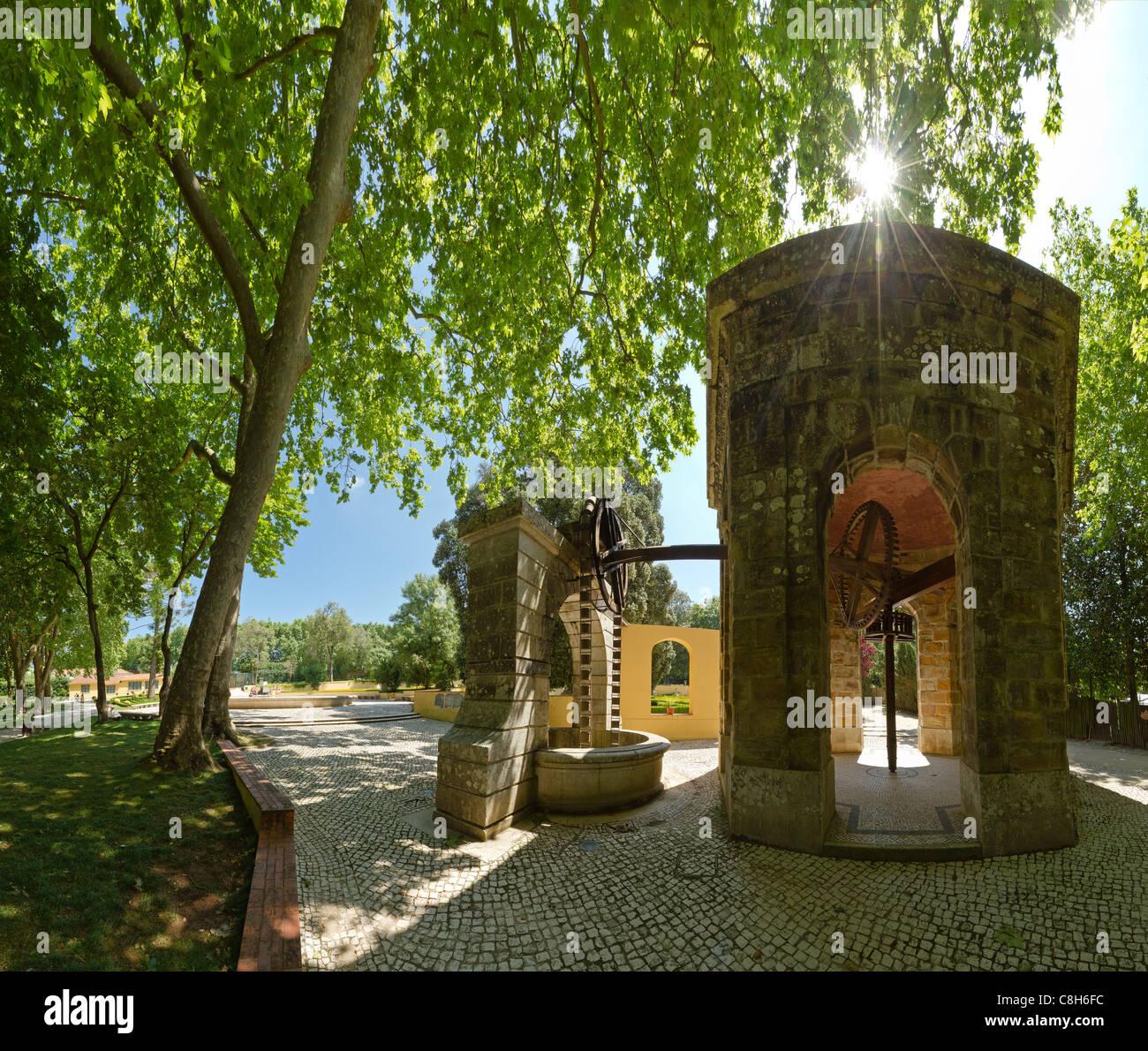 Portugal, Europe, Estremadura, spring, water pump, park, Palacio Nacional, Mafra, - Stock Image