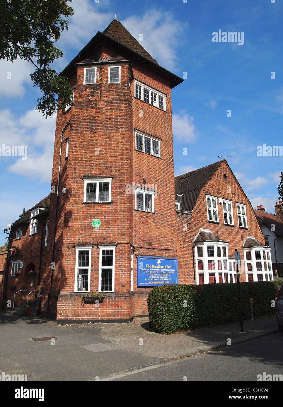 The clubhouse building, Brentham Club, Ealing, part of Britain's first planned garden suburb - Fred Perry played - Stock Image