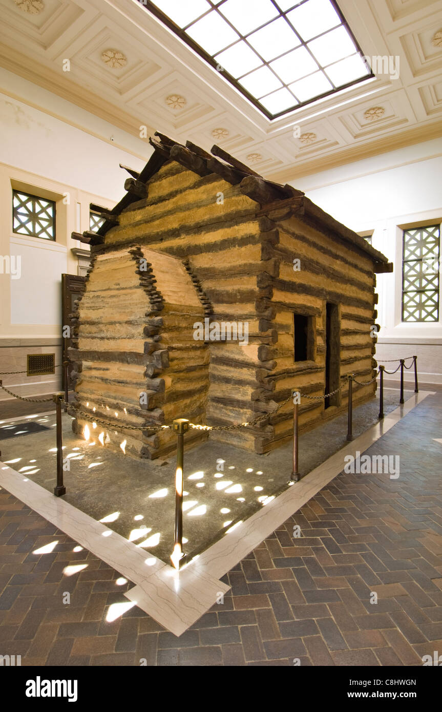 Log Cabin at the Abraham Lincoln Birthplace National Historic Park in LaRue County, Kentucky - Stock Image