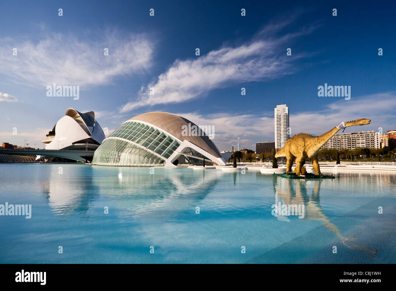 Spain, Europe, Valencia, City of Arts and Science, Calatrava, architecture, modern, Dinosaur, water - Stock Image