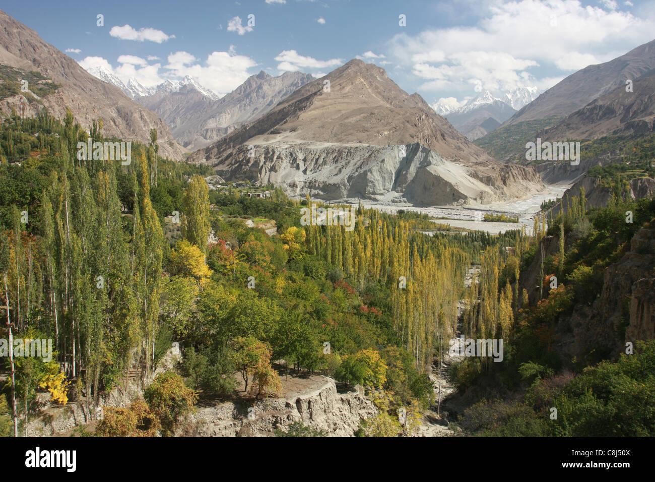 Hunza, Hunza-Valley, Karakoram, Karakoram-Highway, Pakistan, Asia, silk-road, Hindukush, Shangri-la, Hunzakut, Karimabad, - Stock Image