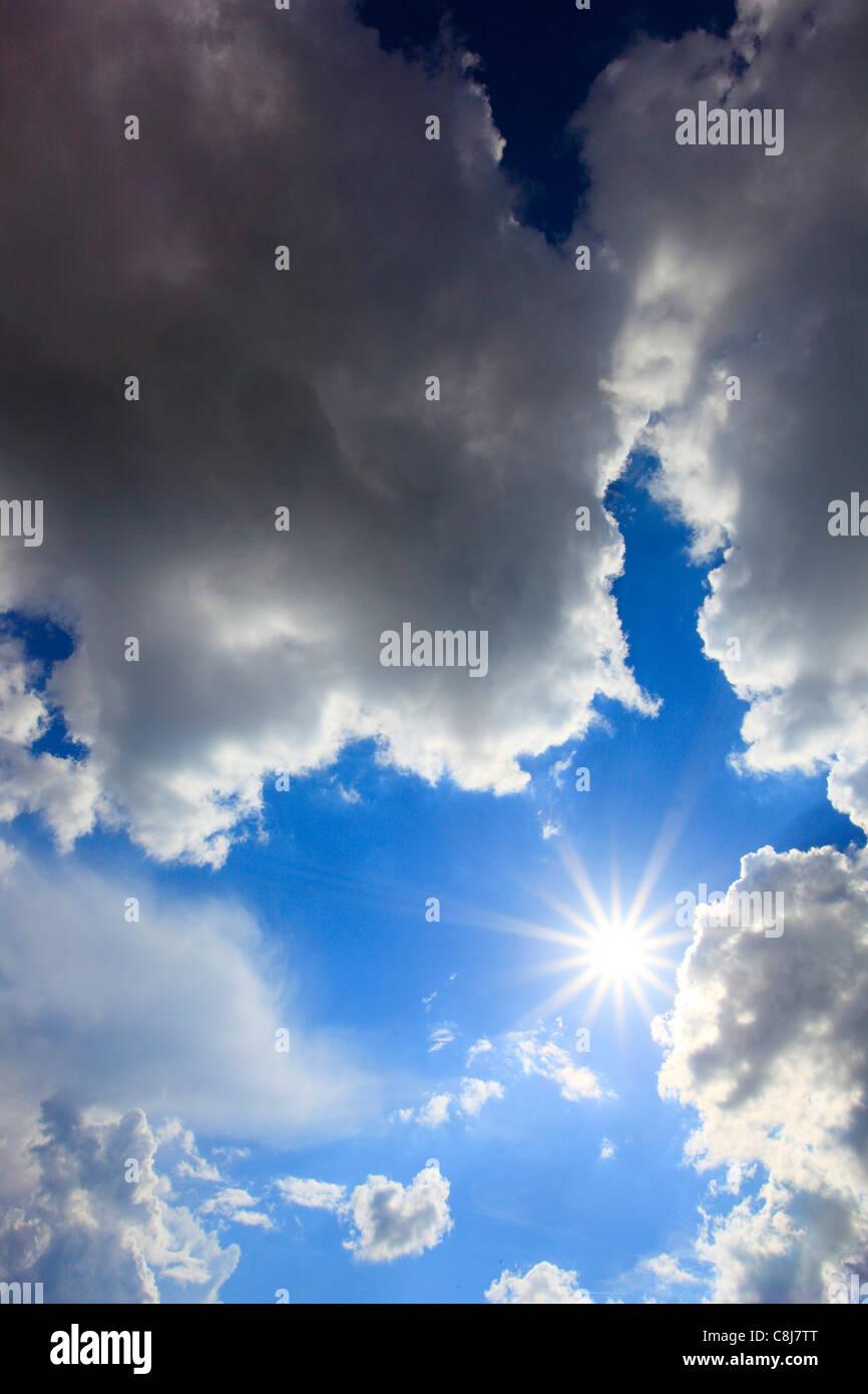 Detail, energy, sky, light, air, rain cloud, Switzerland, sun, sunshine, star form, sunrays, rays, beams, cloud, - Stock Image