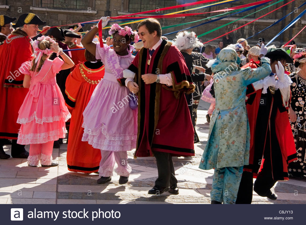 Londoners: Costermongers' Harvest Festival Parade at Guildhall in City of London - Stock Image