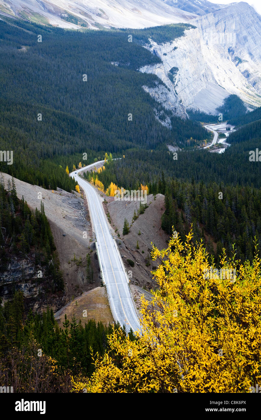 views of Icefields Parkway and Cirrus Mountain. Yoho National park. Alberta. Canada, Oct. 2011 - Stock Image