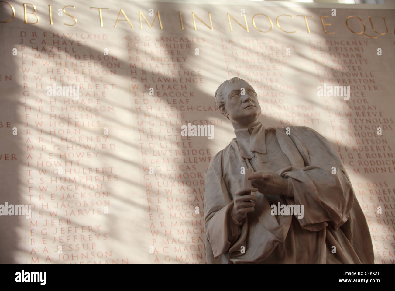 Statue of Isaac Newton, Corpus Christi chapel, Cambridge UK - Stock Image