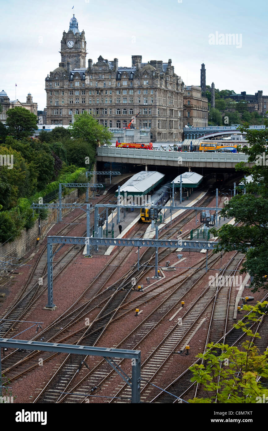 Waverley railway station, Edinburgh, with the Balmoral Hotel and The Bridges, Scotland, United Kingdom, Great Britain - Stock Image