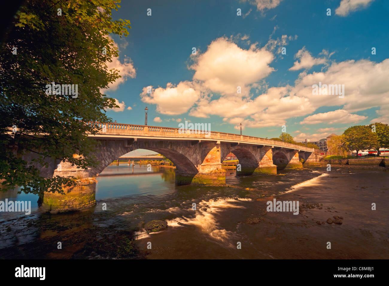 Dumbarton Bridge over the River Leven - Stock Image