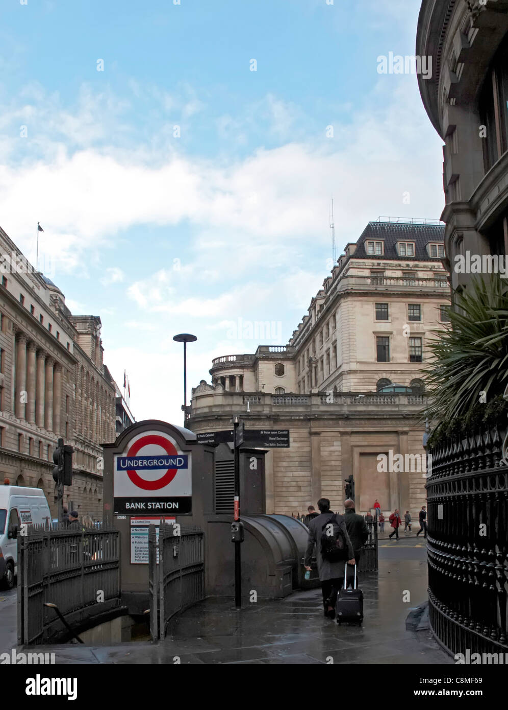 London Bank tube and Bank of England - Stock Image