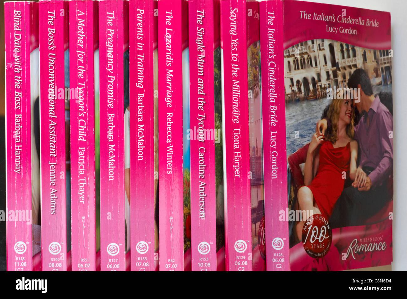 row of Mills & Boon Romance novels Stock Photo: 39804048 - Alamy