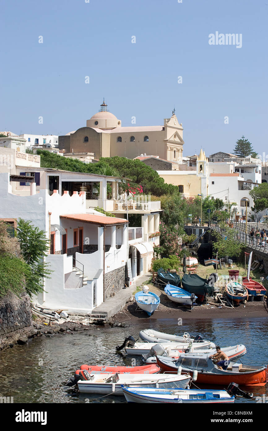 Italy, The Aeolian Islands, Salina, Santa Marina Salina, view of the small harbour towards the church - Stock Image
